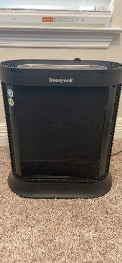 Honeywell HPA250B Bluetooth Smart True HEPA Allergen Remover W/ Two Extra Filters Thumbnail