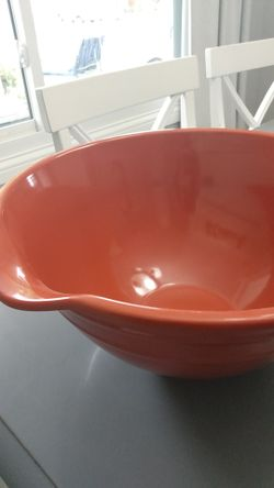 Large mixing bowl Thumbnail