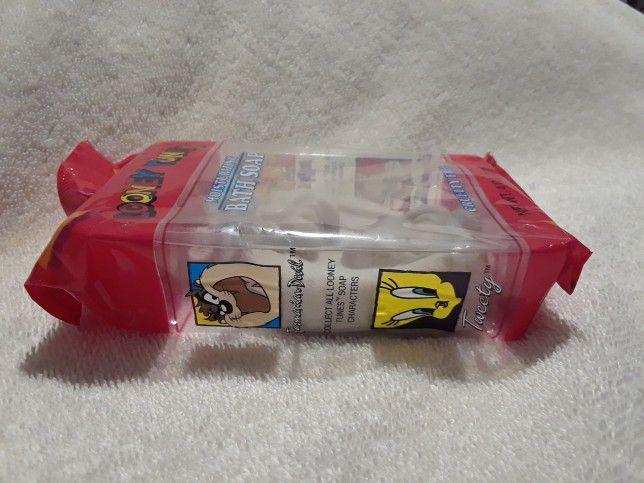 Vintage Looney tunes moisture bath soap