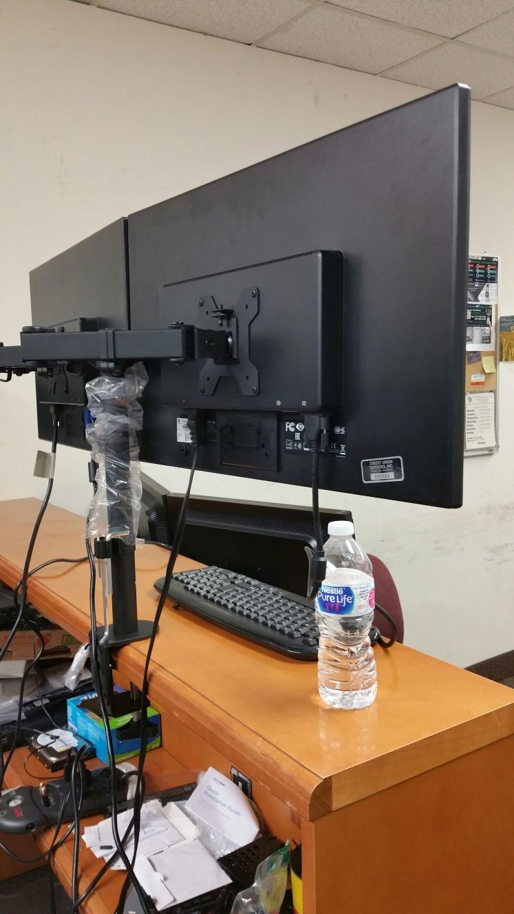 """【Price Super Firm】Two HP 24""""LED monitors on one Dual-armed stand, with cables: VGA, DVI, HDMI ports"""