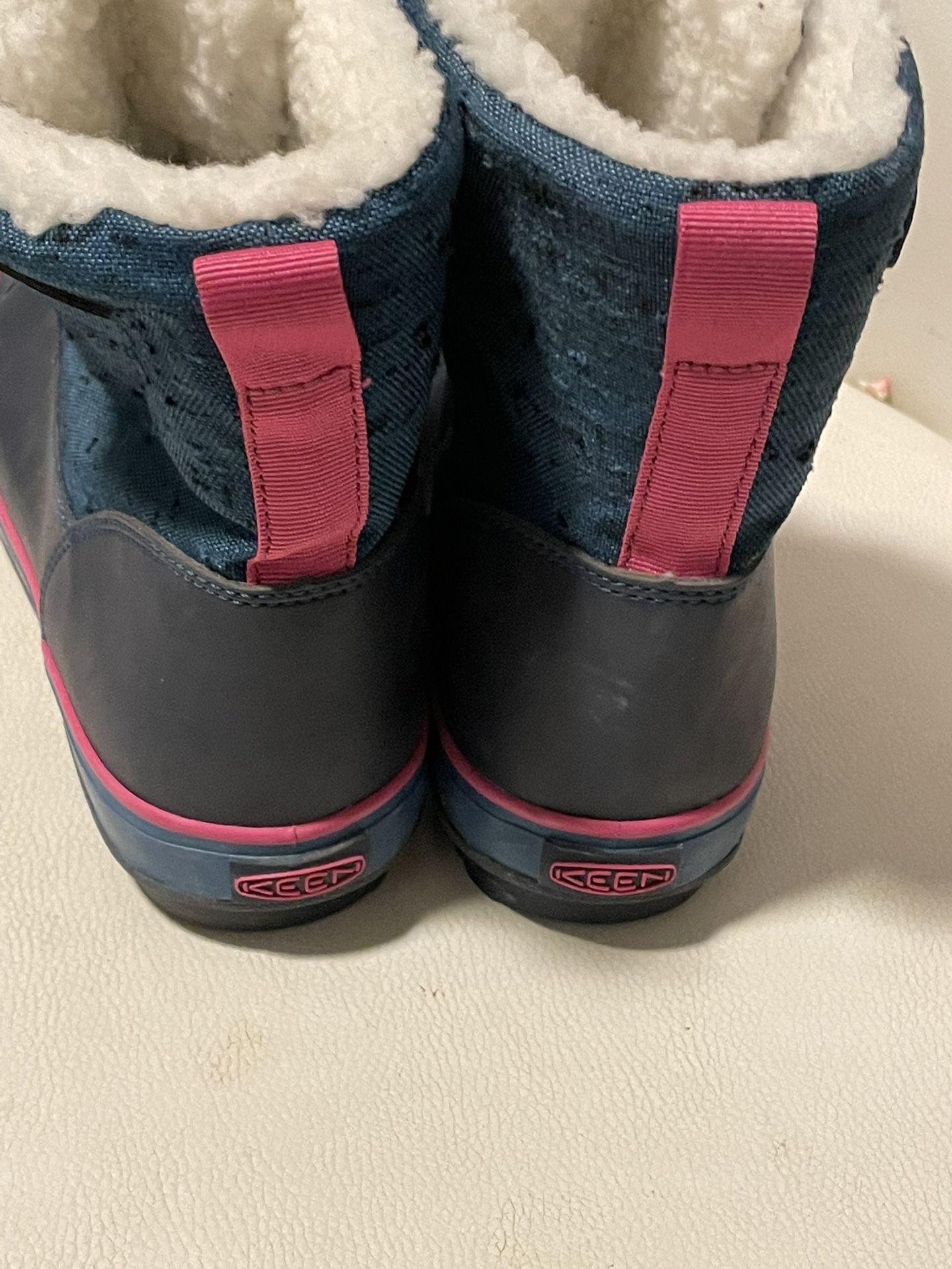 Keen Woman Winter Boots Size 37
