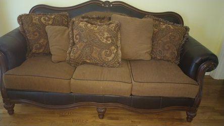 Ashley Furniture Brown Mixed Fabric Deep Seated Living room Set Thumbnail
