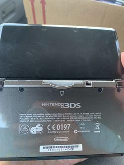 Nintendo 3ds & Game  Thumbnail