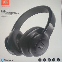 JBL Over Ear wireless headphones Thumbnail