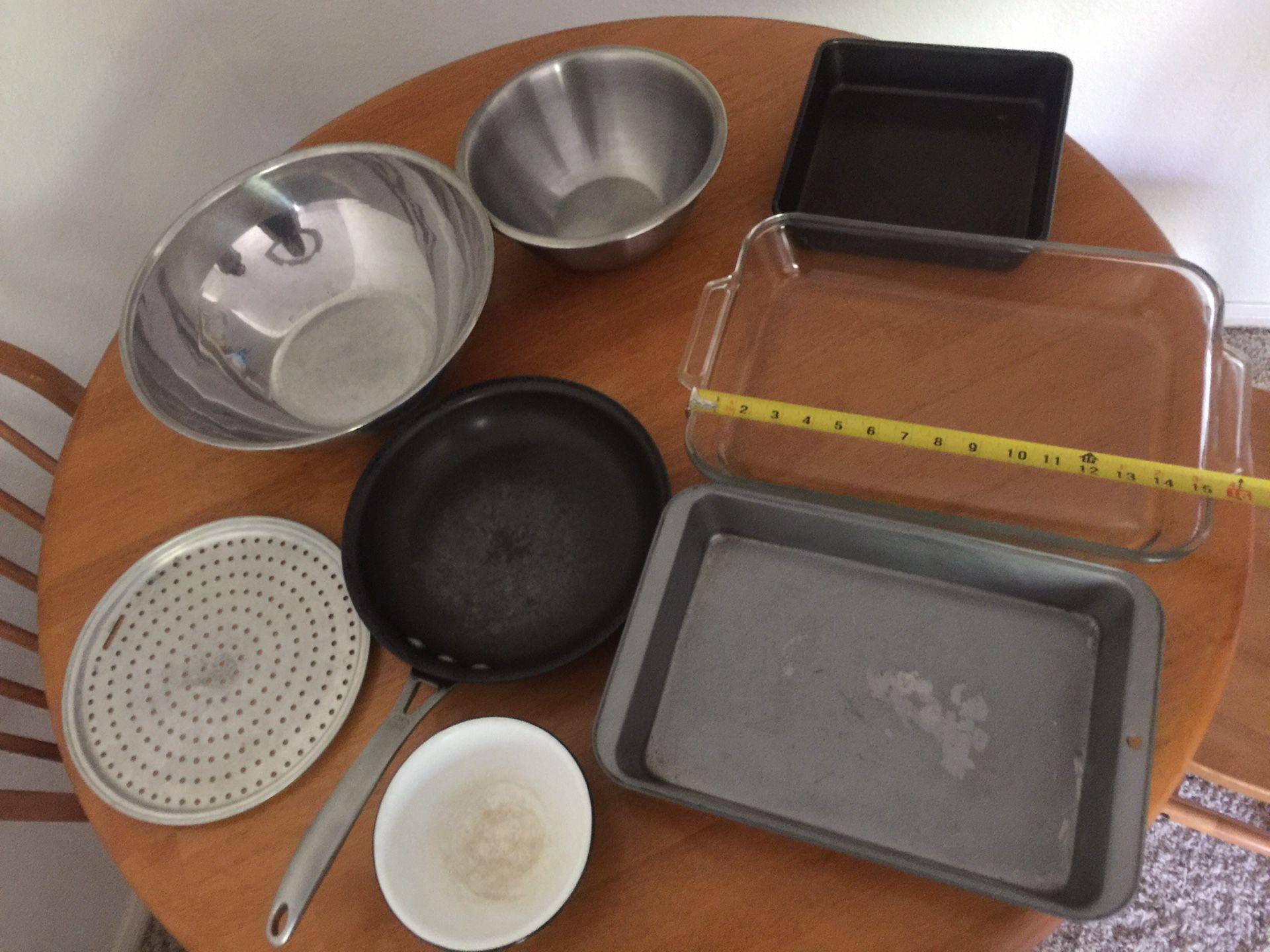 "Popcorn Popper/Bakeware/Calphalon 9"" Pan/Glassware set"