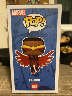 Summer Convention Falcon (Red Suit) Thumbnail