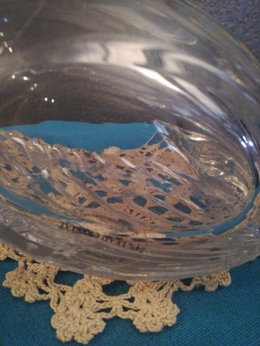 vintage Swan Gloria Vanderbilt 24% lead crystal candy dish