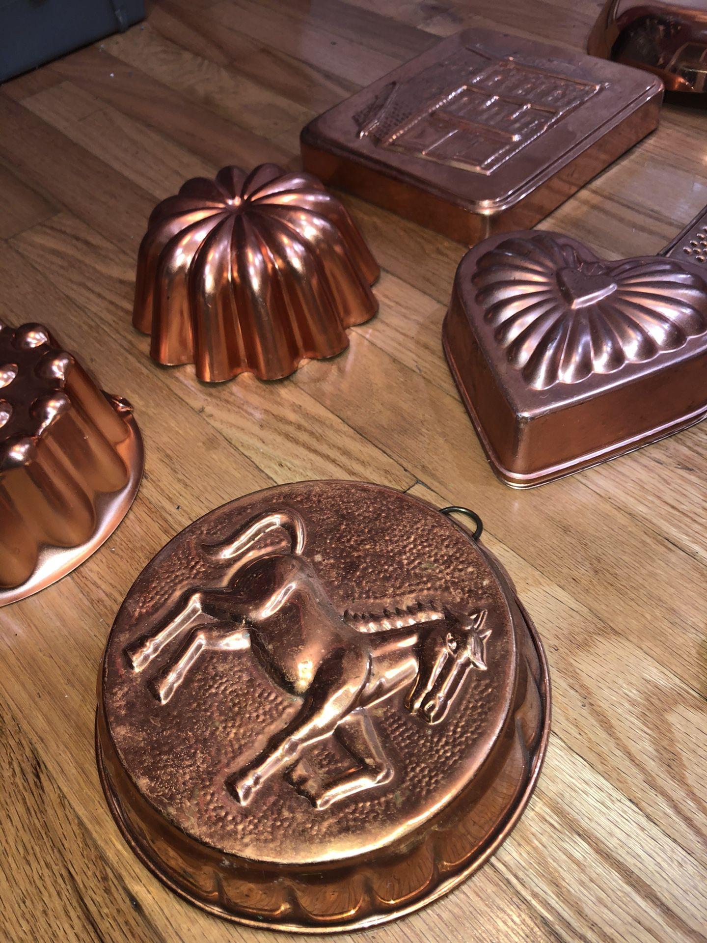 12 piece Copper Kitchenware Cooking, Baking & Decoration Set, Pot Pan Baking Bundt Cake, etc