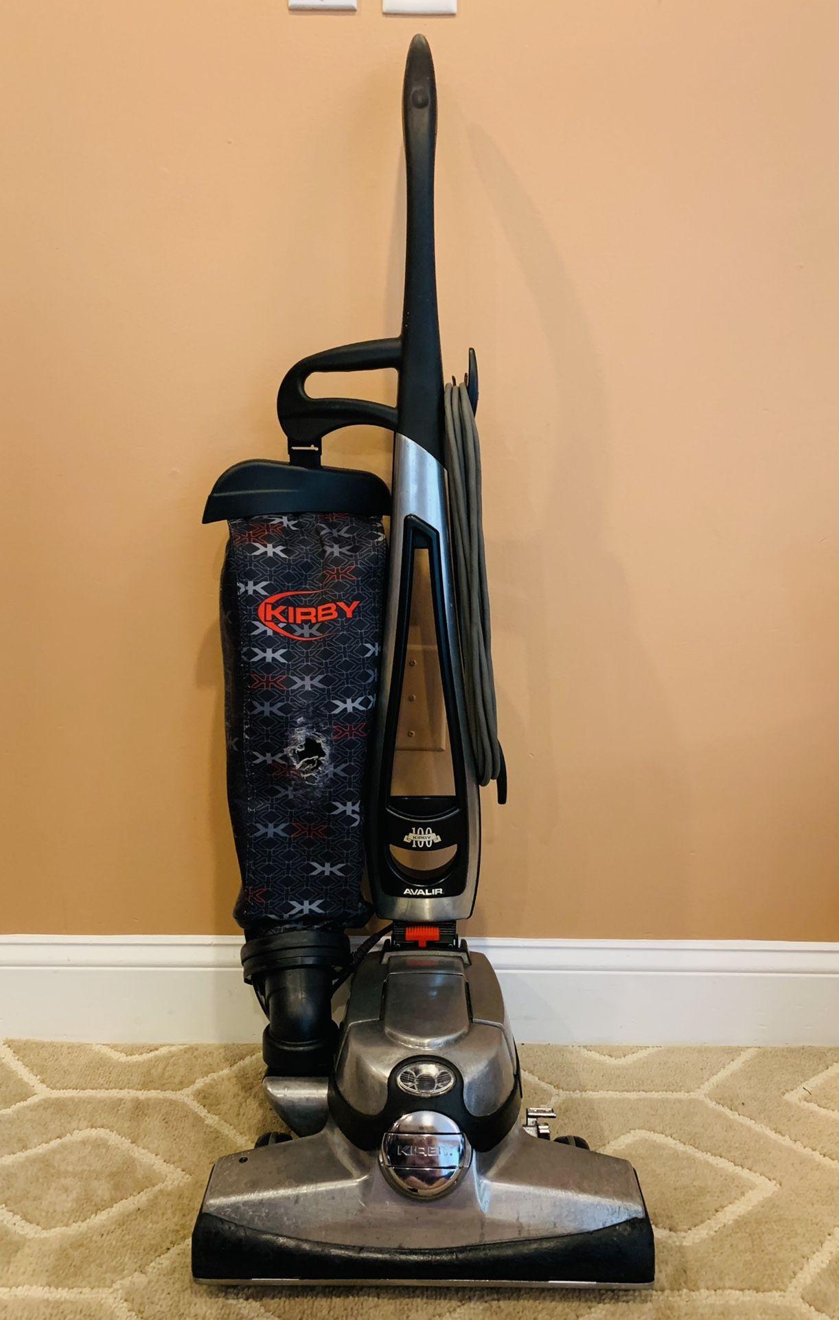 Kirby Avalir vacuum cleaner with attachments and shampooer