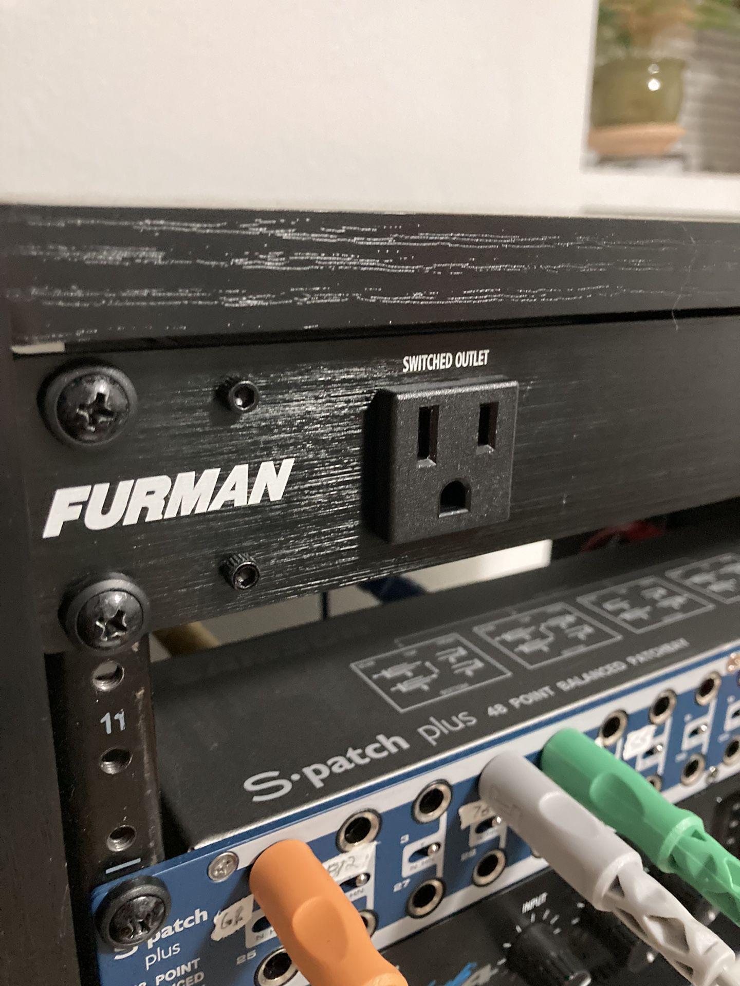 Furman M-8x2 Power Conditioner