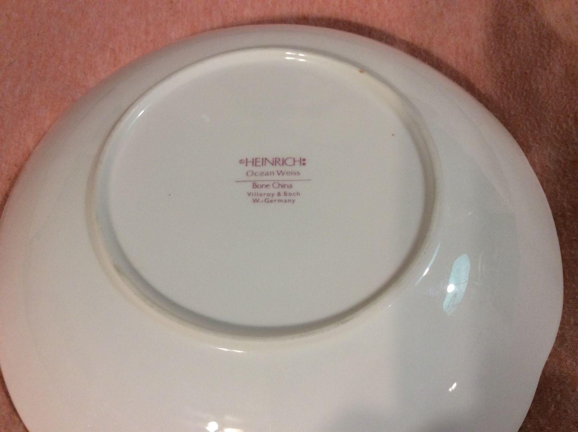 Rare set of 8 Villeroy & Boch Heinrich Ocean Weiss Bone China Soup Salad Cereal Bowls