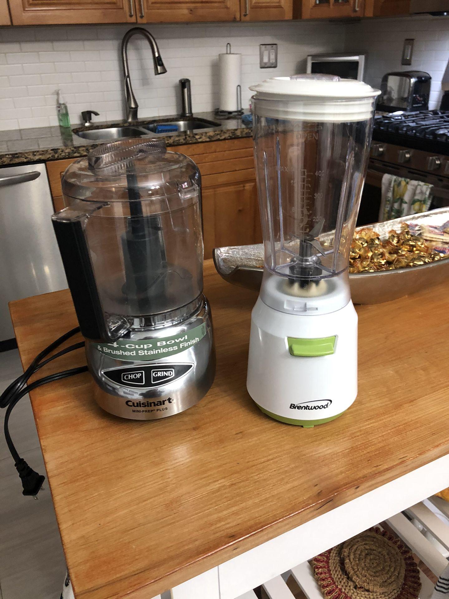 Personal mini blender and food processor