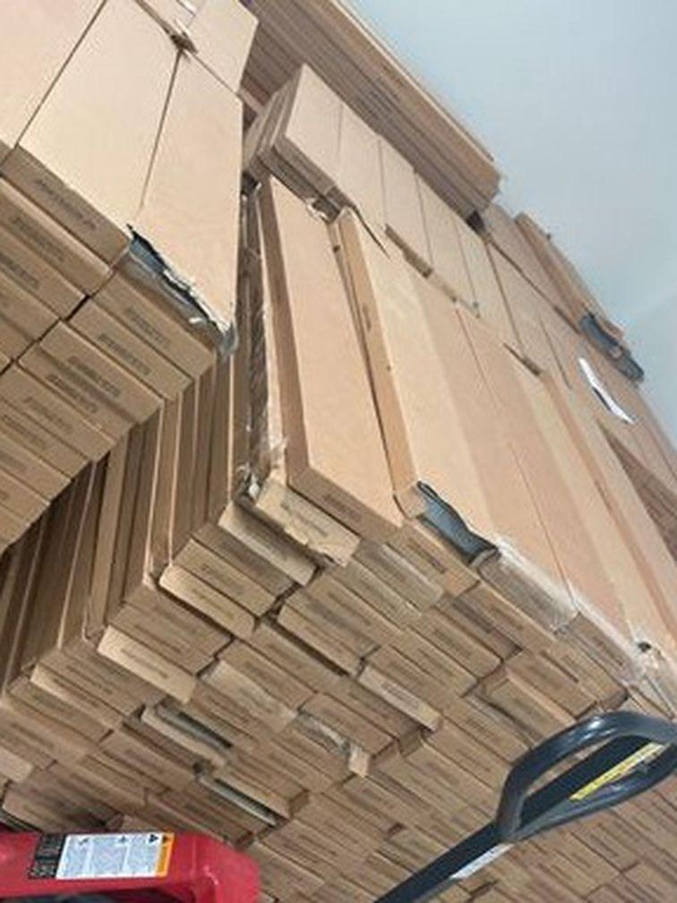 Luxury vinyl flooring (over 20,000 sq ft, $0.88 each sq ft) 9MVWN