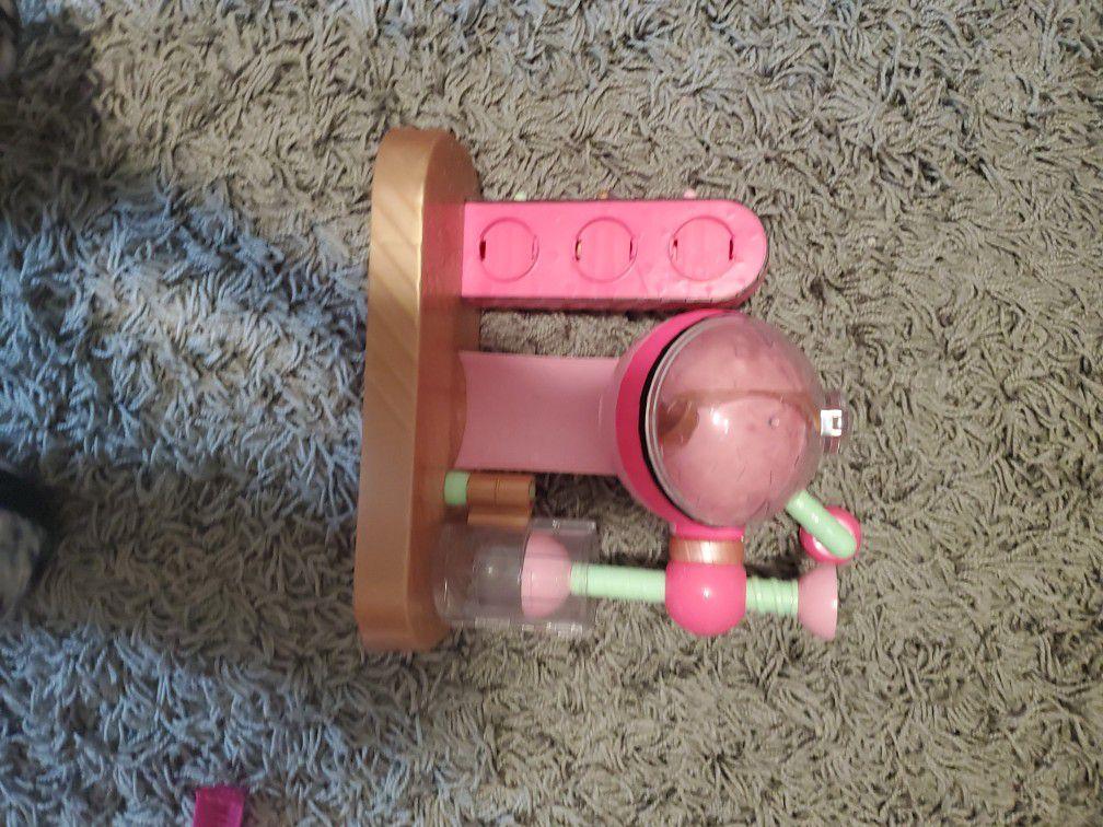 L.O.L Doll Bath Bomb Kit.