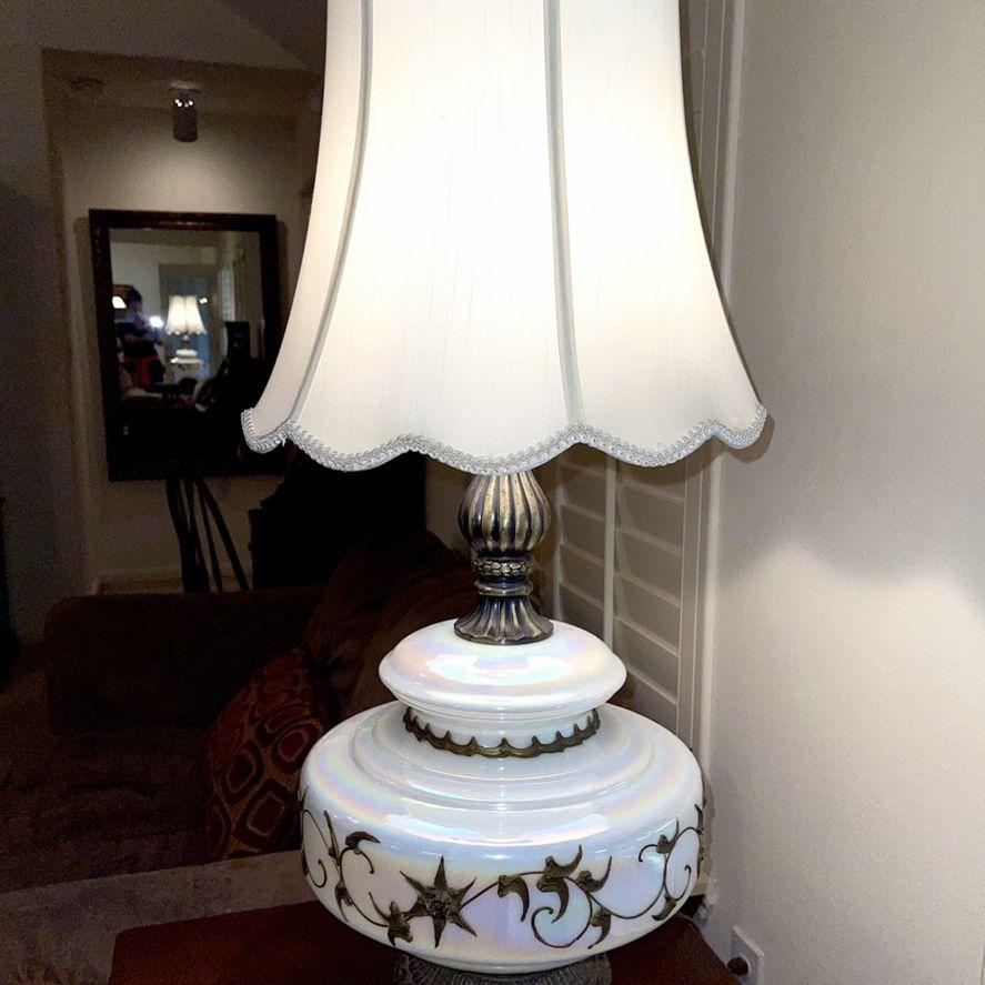 Vintage Hollywood Regency Lamp