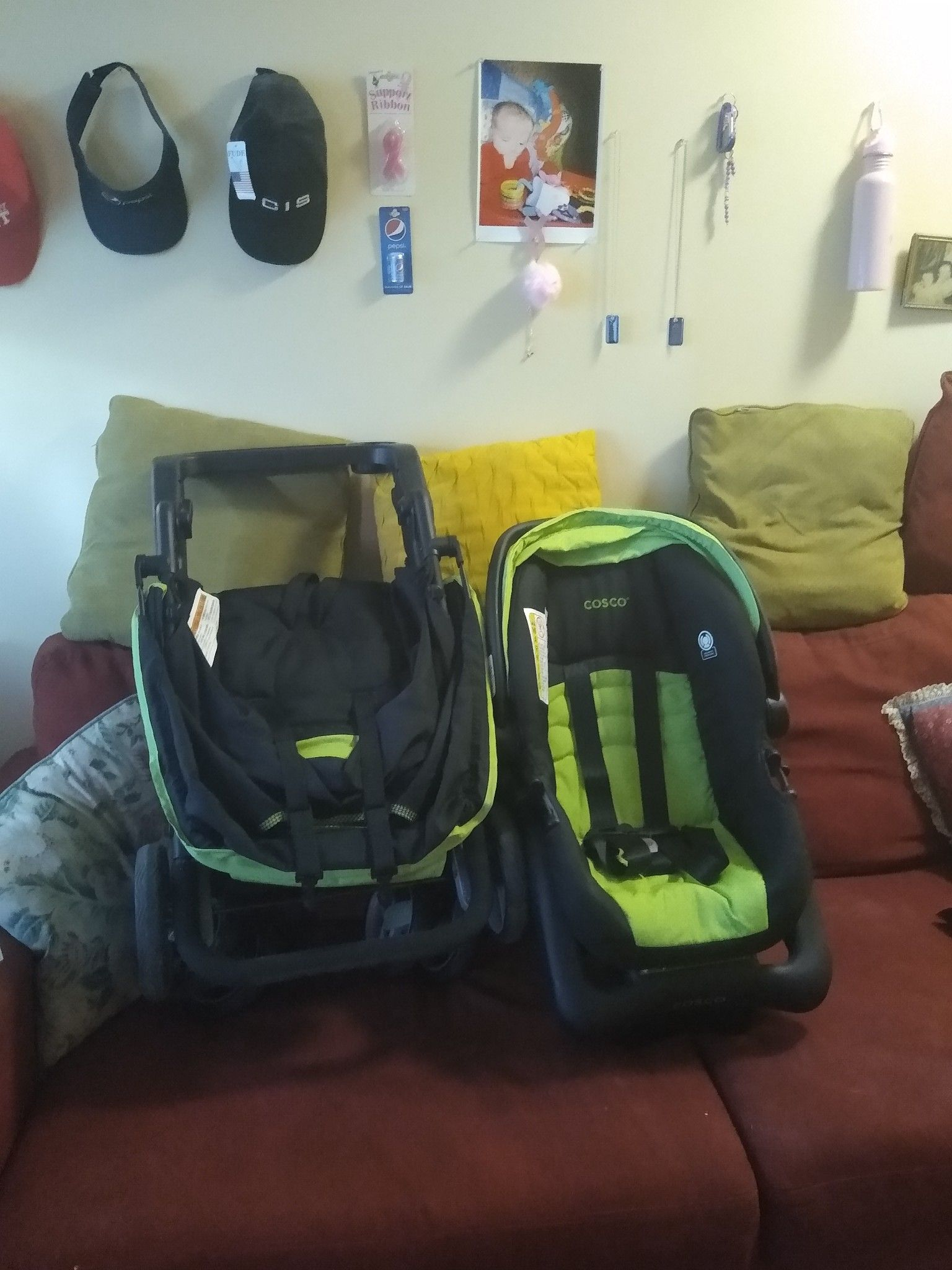 Stroller and car seat have to go tonight or Monday asap