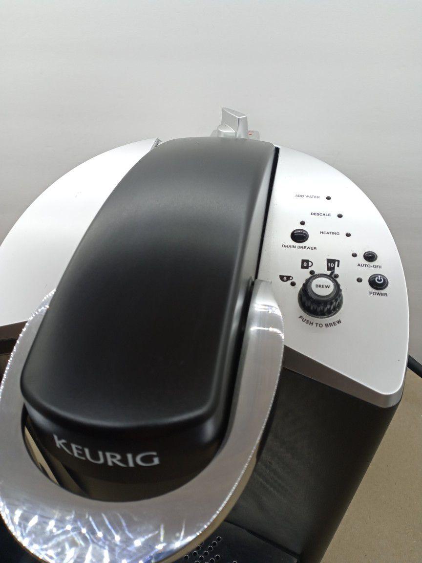 Keurig Model K140 Commercial Coffee Maker And K-cup Holder