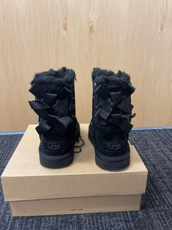 100% Authentic Brand New in Box UGG Bailey Bow Moon and Stars Boots / Color: Black / Toddler size 6, 7, 8, 11 Thumbnail
