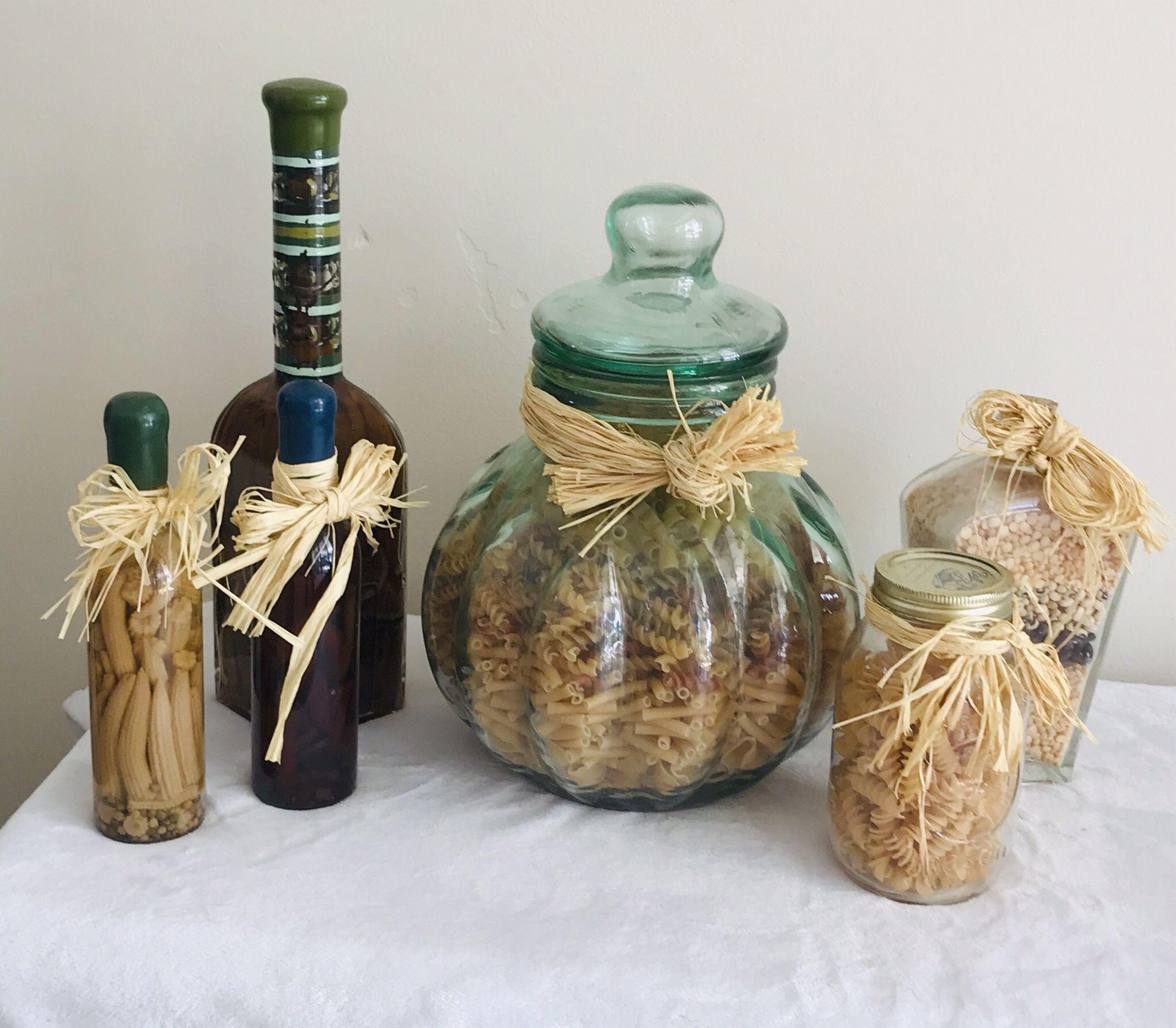 6 Piece Glass Jar Set Kitchen Decor 🖤
