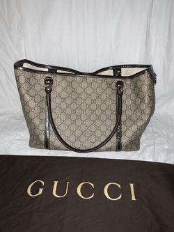 Gucci Tote Thumbnail