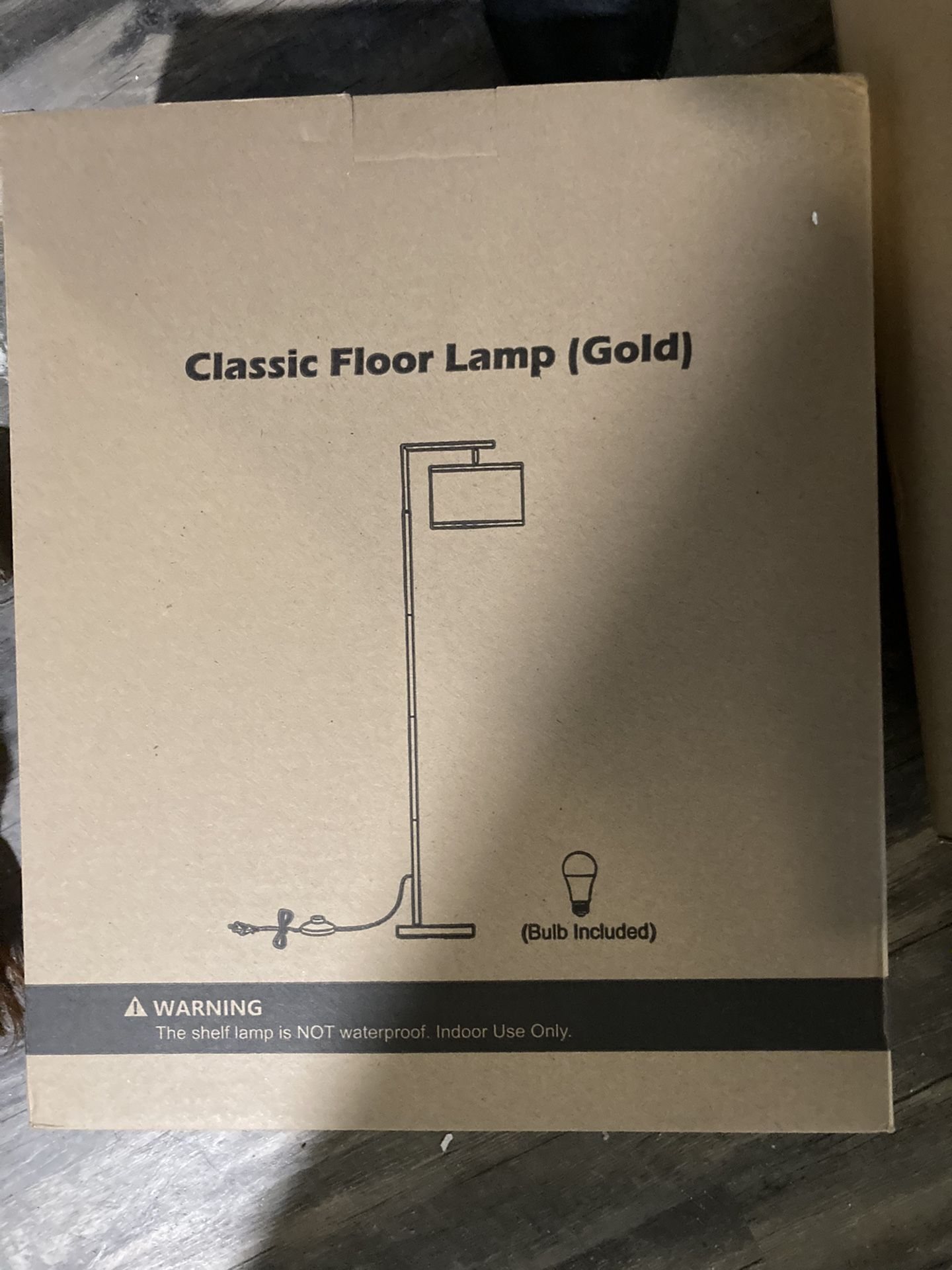 Lamps And Photos Frames