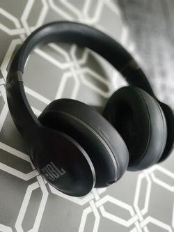 JBL wireless headset Thumbnail
