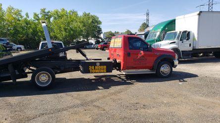 Nice 99 Ford -f450 200k Plus Miles Ready To Make You Money. Thumbnail
