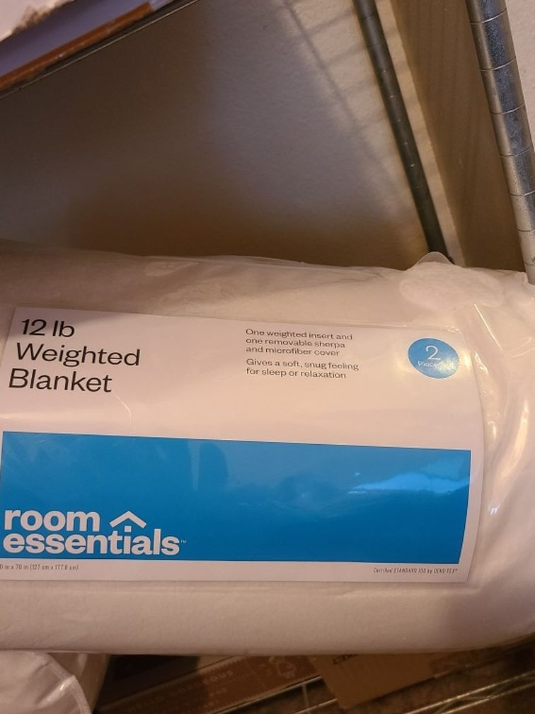 New Room Essentials 12lb Weighted Blanket Sherpa 2 Piece