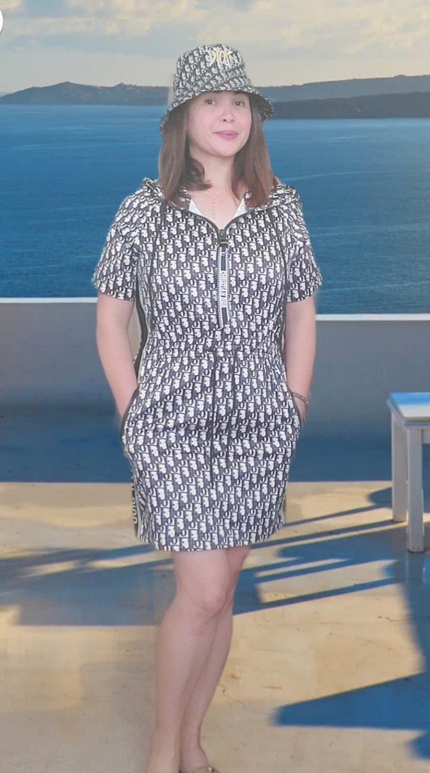 Windbreaker Dress Hoody