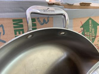 All-Clad Frying Pan with Cover Thumbnail