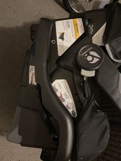 Baby trend stroller and car seat Thumbnail