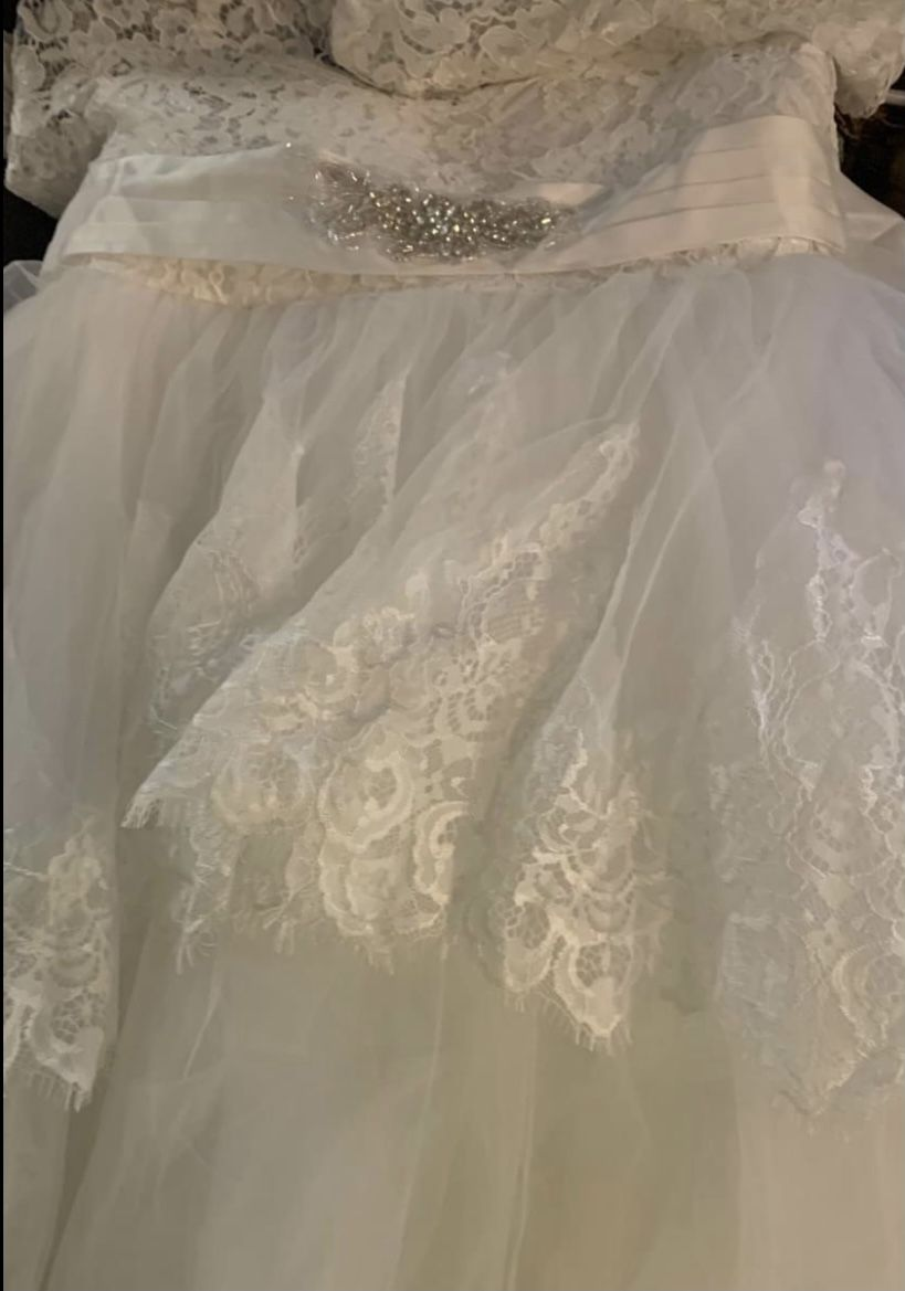 New White Wedding /Pageant Dress With Sequins In Middle / Lace Sleeves Size  Youth 12/14