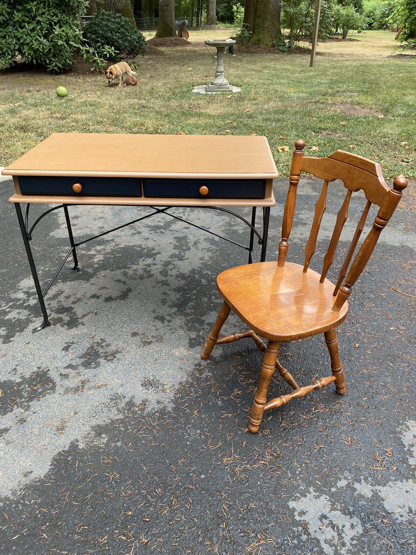 Solid  Wood  Writing Desk  / Vanity