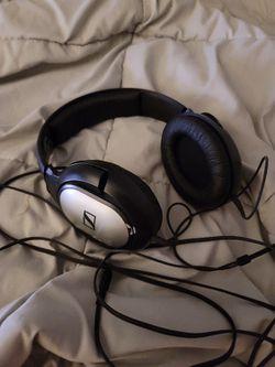 Sennheiser HD 201 Headphones Thumbnail