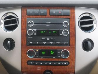 2009 Ford Expedition Thumbnail