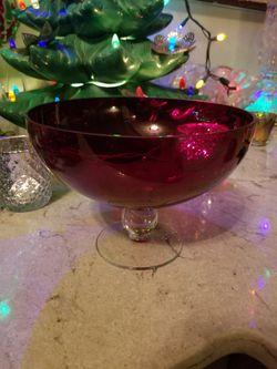 Crimson footed bowl Thumbnail