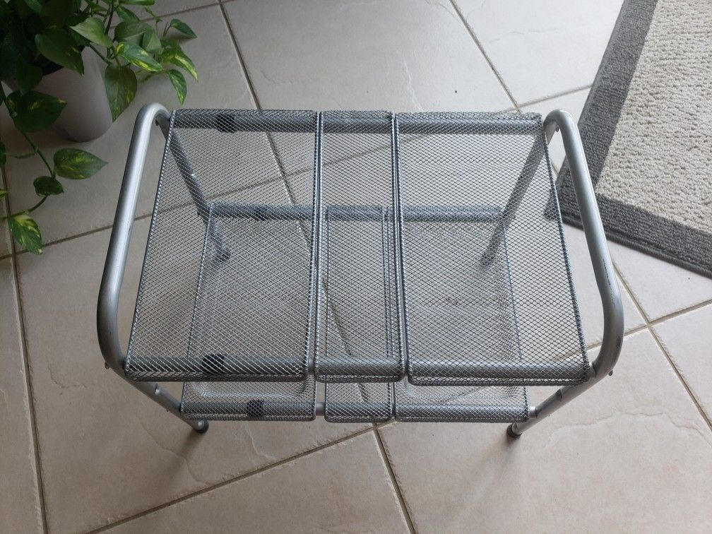 Expandable Rack For Storage