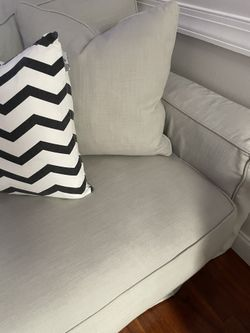 Gray Couch Thumbnail