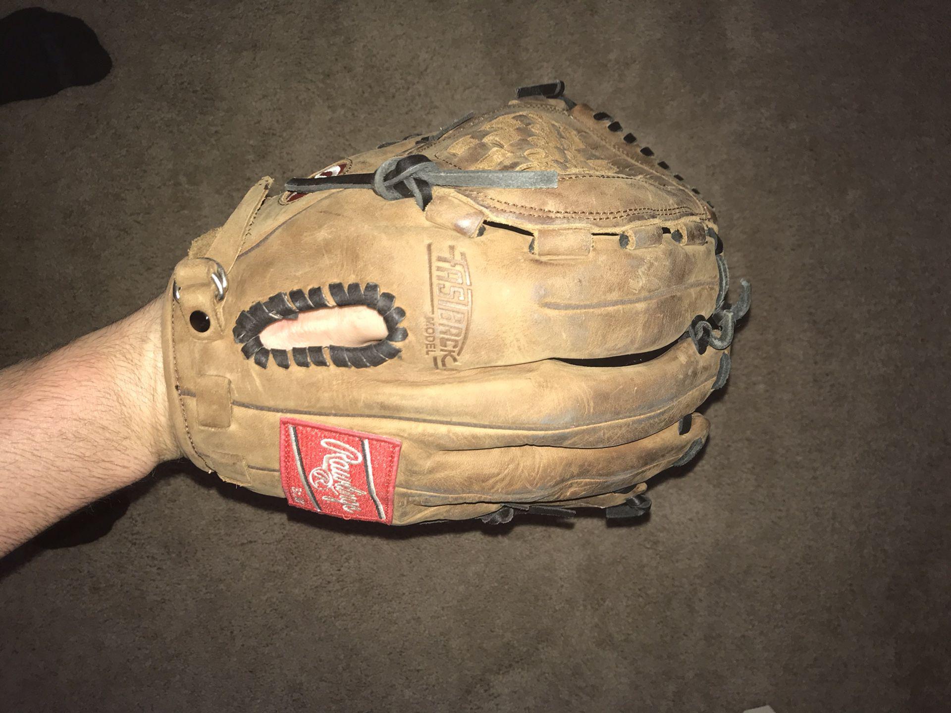 Rawlings 12.5 In' Baseball Glove