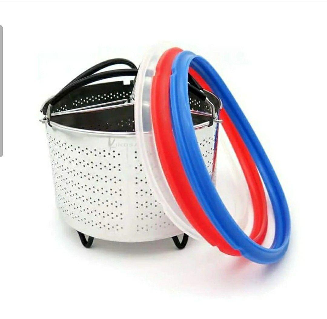 Divided Steamer Basket