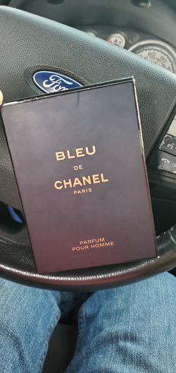 Chanel bleu Thumbnail