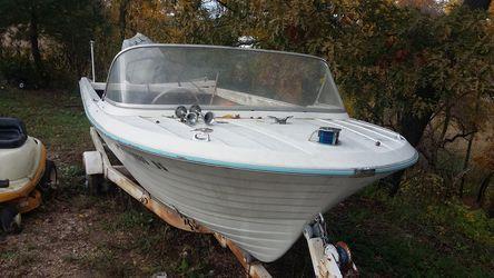 17 foot. 80 hp Sea King & trailer Thumbnail