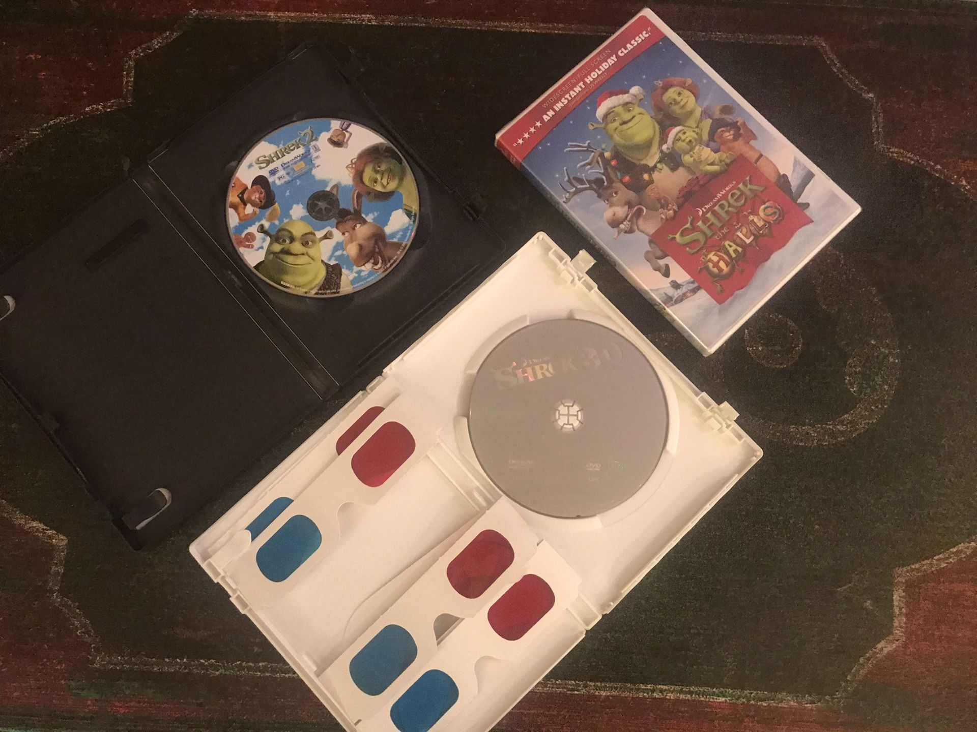 Shrek the Halls, Shrek 3D, Shrek 2 DVDs