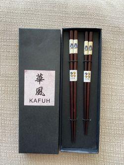 New Wooden chopsticks Thumbnail