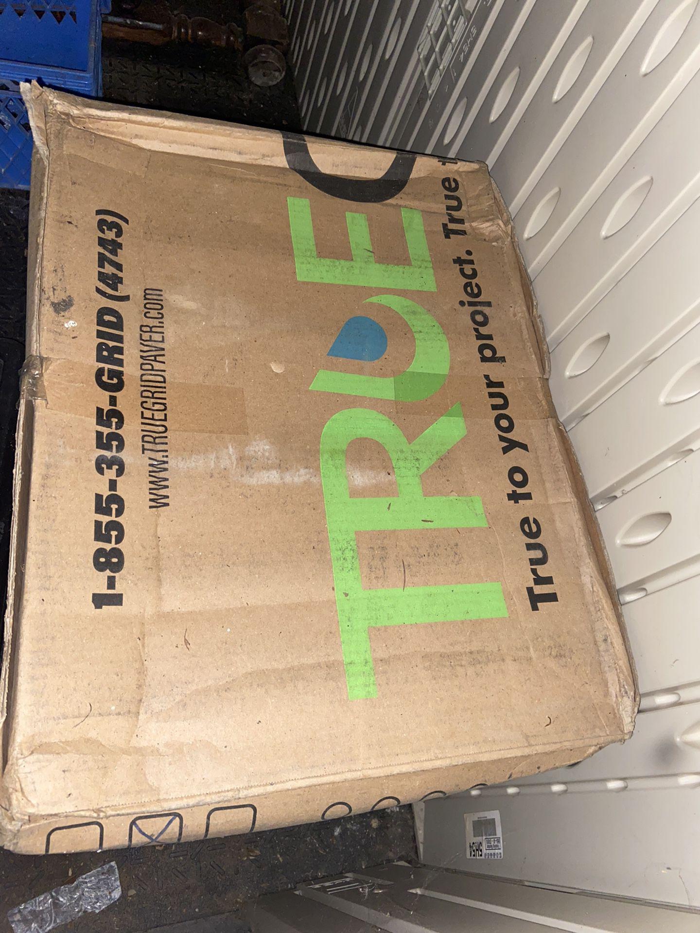 TrueGridPaver.com box of ecoLite pavers