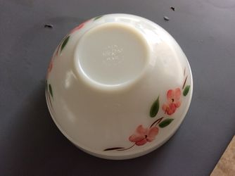 Glass Mixing / Serving Bowl Thumbnail