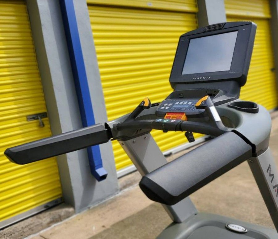 sd/Matrix T7XE Treadmill
