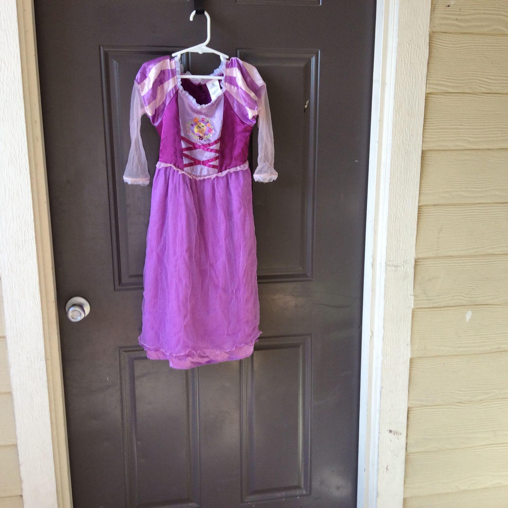 Rapunzel Costume, Size 4, Used