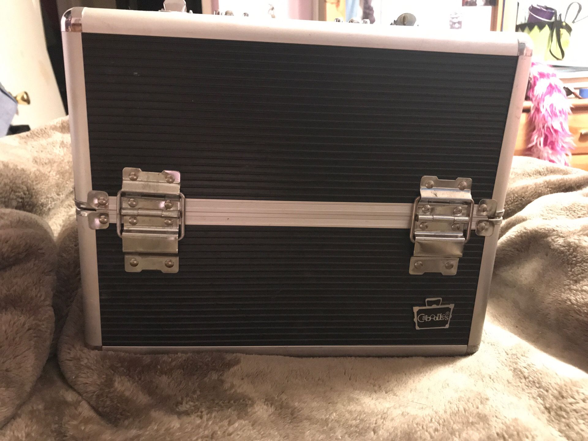 Caboodle Train Case