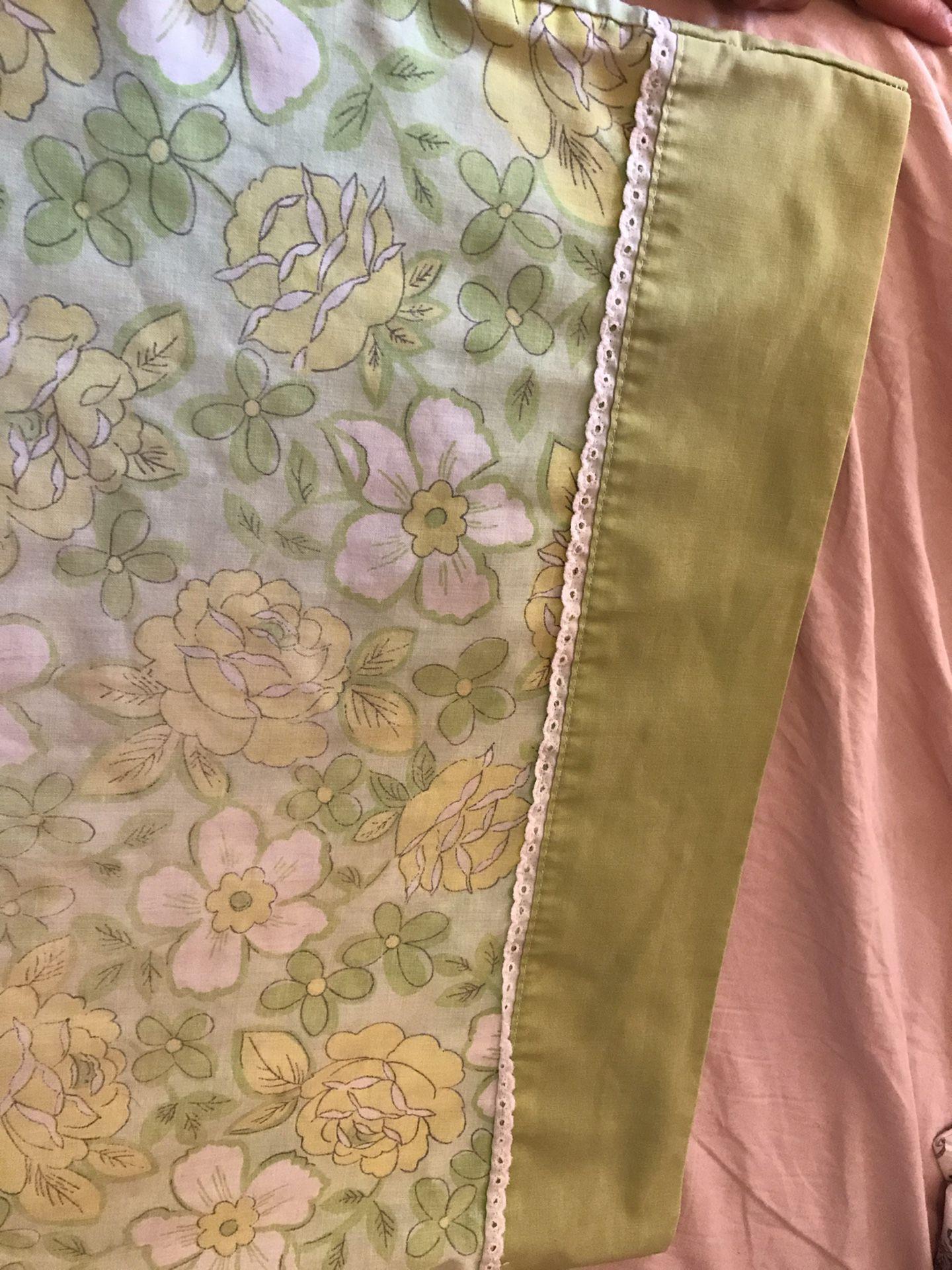 Vintage pillow case (2)